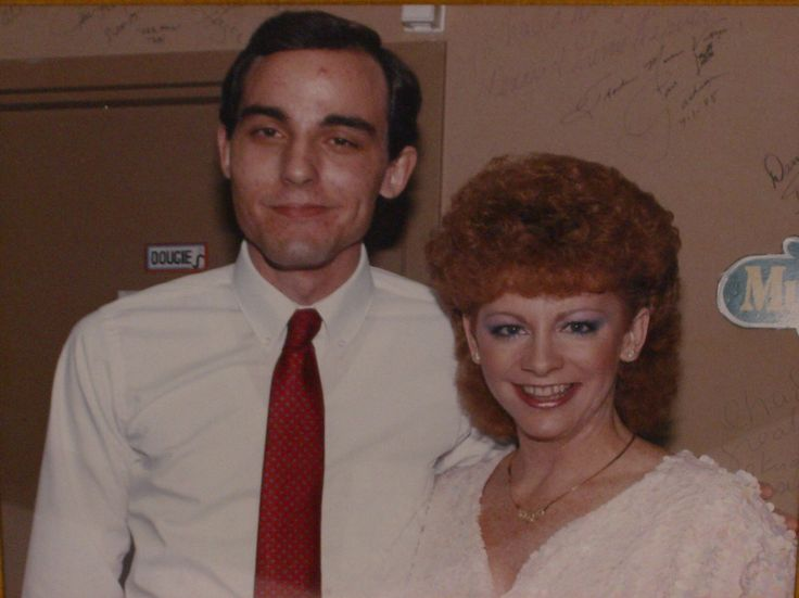 484 best images about my idol reba mcentire on pinterest for Who is reba mcentire married to now