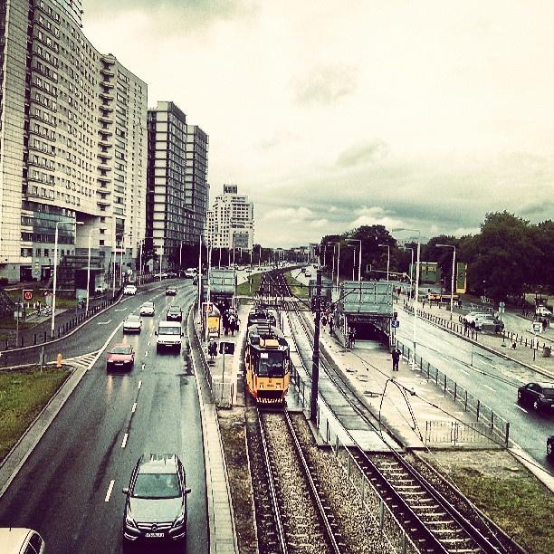 Found on Starpin. warszawa #dwgdański #ztm #bezmetra #view #street #streetview #city #tram #transport #warsaw