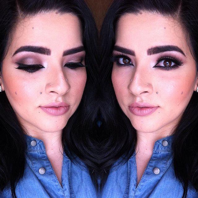 Maquillaje de noche!!💕 💗ojos: #naked3palette de @urbandecaycosmetics 💗delineador #blackestblack #mnyitlook y rímel #thecolossalvolumexpress de @maybelline 💗cejas #nakedbasics de @urbandecaycosmetics 💗base de maquillaje #colorstayrevlon @revlon 💗corrector #fitmeconcealer @maybelline 💗bronceador #hoolabronzer @benefitmexico 💗rubor #melba labios #vivaglam2 @maccosmetics