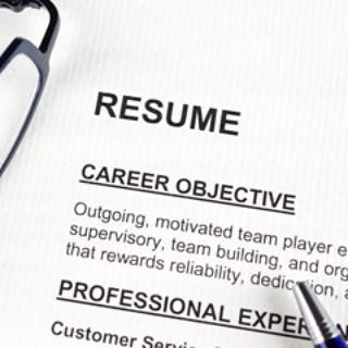 """""""How to write a #resume?"""" """"How to interview?"""" Join our #Live group discussions today @ 12nn & 12:30pm EST  Join here: http://ift.tt/2j9nq4e [Link in bio too]  Please register as a #FREE Member and become a FAN of the group Resume & Interview Advice to participate. Ask questions - Daryn Edelman CPRW (Certified Professional Resume Writer) will be giving tips and tricks!  Quite exciting!  #careers #careeradvice #resumeadvice #jobs #jobtips #jobhunt #headhunters #recruitment #employment…"""
