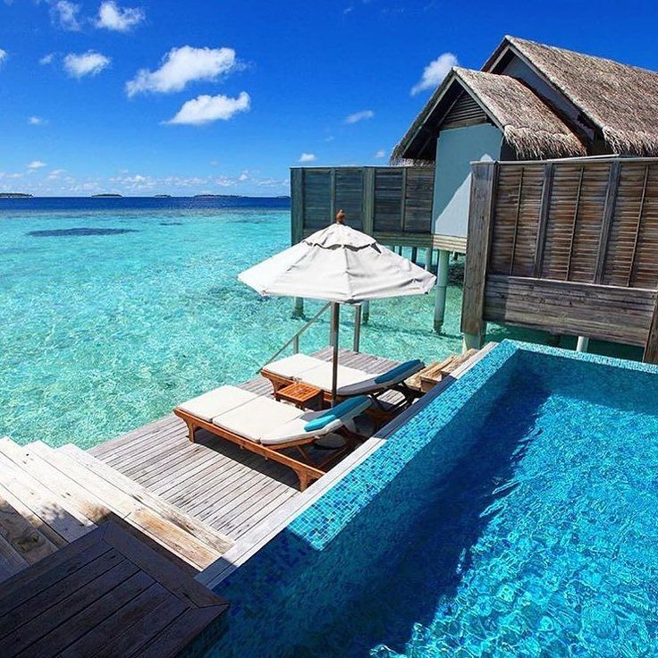 1 step from sun to swim  Tag someone you'd go with! Anantara Kihavah Maldives Villas  Credit: @kobechanel by revetravel