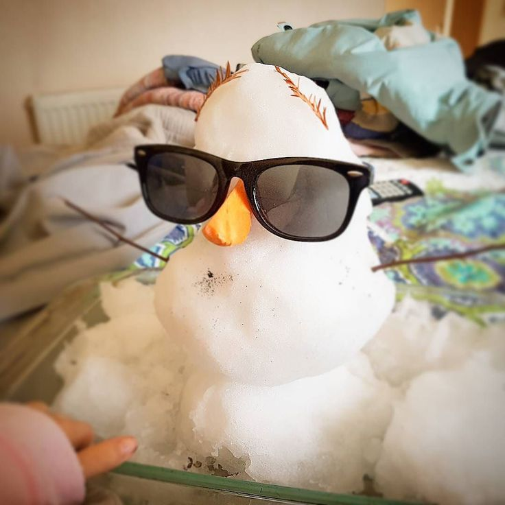 ...nos visito un muñeco de nieve #cosasdeniños #cosasdepapa