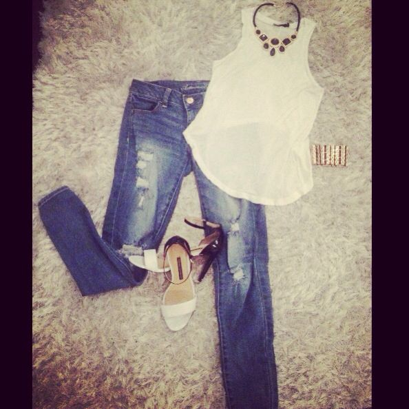 Ootn? Top: Brandy Melville    jeans: American Eagle    heels: French Connection FCUK    necklace and bracelet: Simmons