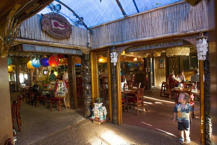 Located just 6 miles away from Waikiki, tucked behind a row of warehouses, is the last great tiki bar in Honolulu — La Mariana.Though other bars and restaurants may incorporate an element of tiki style here or there, none fully embraces