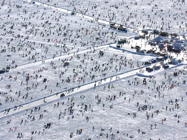 1000 images about ice fishing on pinterest lakes for Ice fishing extravaganza