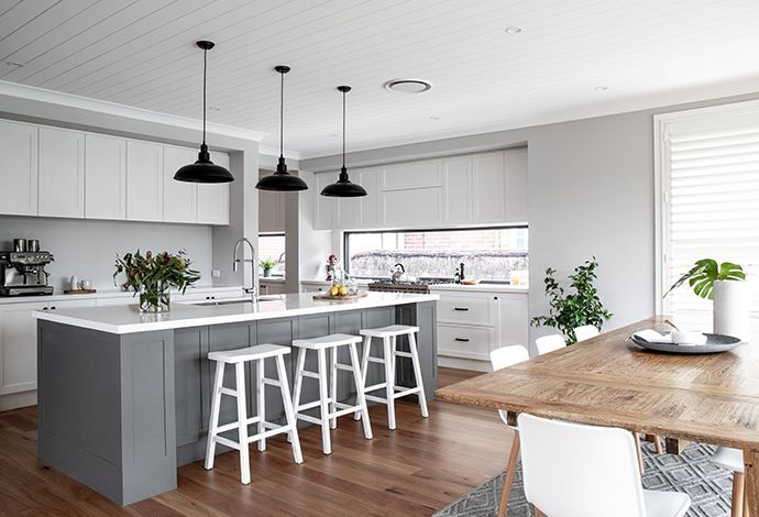 Bayville Design The Perfect Base For Modern Hamptons Style Living Metricon Homes Modernkitchenaus Home Decor Kitchen Kitchen Design Hamptons House Interior