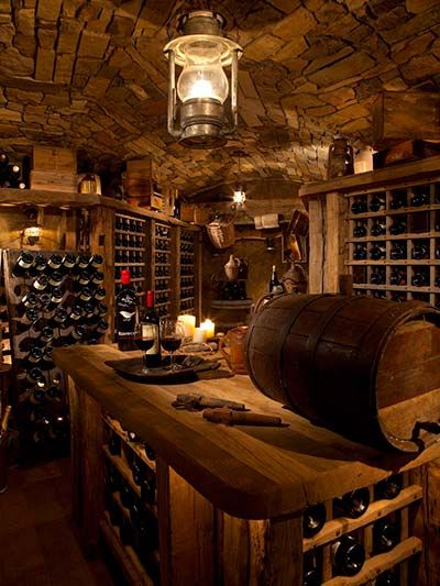 Can we swoon over the ceiling for a bit??? I am not a wine drinker at all, but I do love creative and artistic masonry....wine cellars have an abundance! I need to acquire the skills to do this!   Wine Cellar