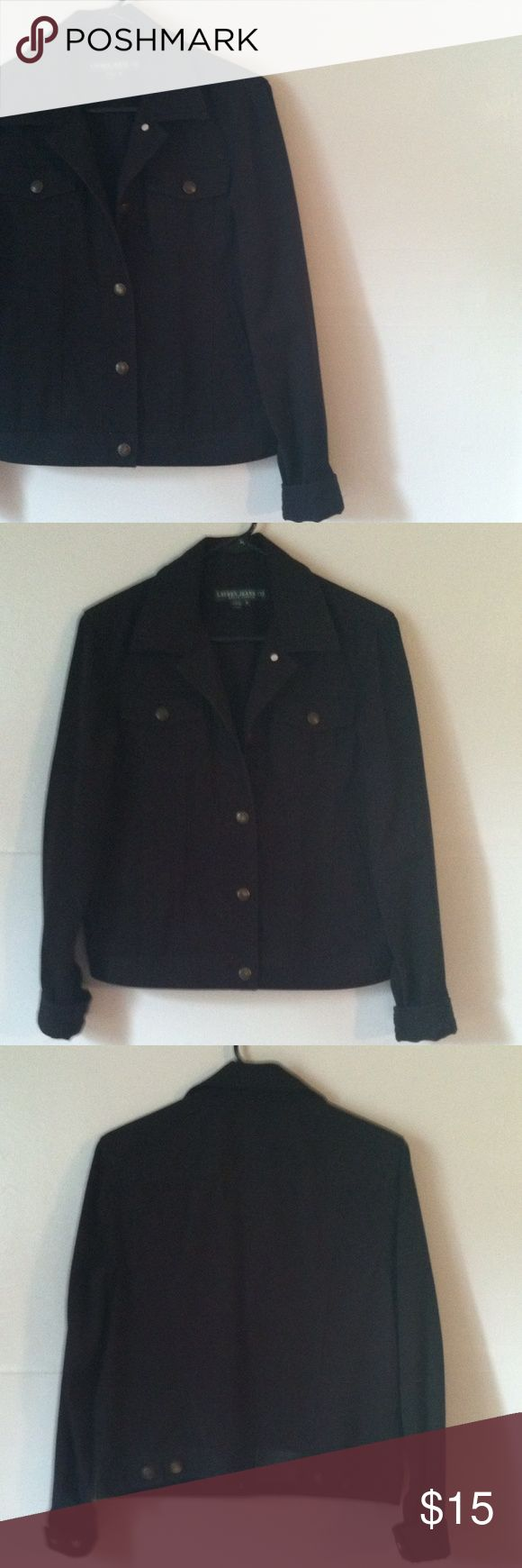 Ralph Lauren black Jean jacket Medium •Excellent used condition •Has button up closure, pockets on each side, full length button cuff sleeves, and a collar •Jean material •Color: Black •Brand: Lauren Jeans Co. by Ralph Lauren •Size: Medium •NO TRADES Ralph Lauren Jackets & Coats Jean Jackets