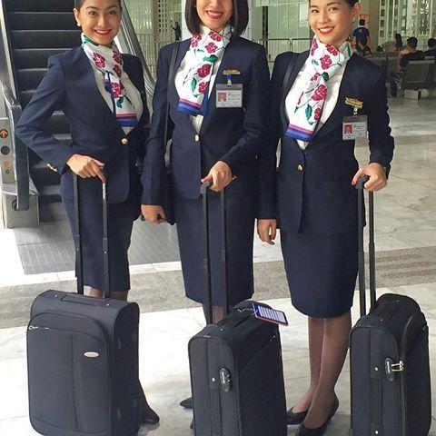 852 Best Aviaci 243 N Y Azafatas Images On Pinterest Flight
