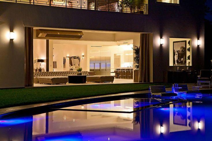Che tipo di casa non 12 milioni di dollari Acquista in Bel Air? | HomeDSGN, una fonte quotidiana di ispirazione e nuove idee sul design d'interni e decorazione della casa.