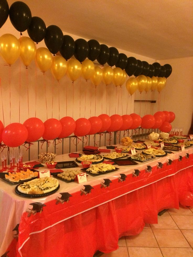 Side view of the tablescape