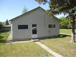 House in Ryley for Sale