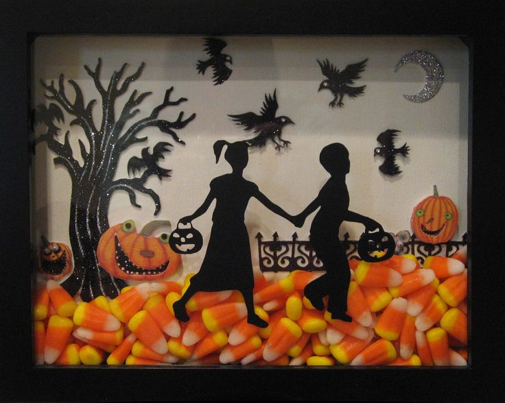 Halloween Shadow box - easy to make. I found all the supplies at Michaels