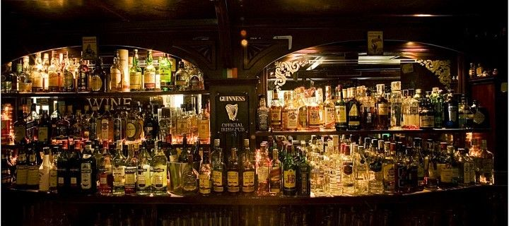 121 best images about pub anglais irlandais deco on pinterest the old cardiff and pub interior. Black Bedroom Furniture Sets. Home Design Ideas