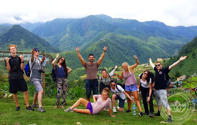 Family tours in Sapa offer great tours for family in Sapa look for adventure family holidays in Vietnam. Trekking tours for family, biking tours in sapa