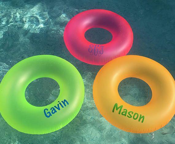 Monogram zwembad drijft gepersonaliseerde bachelorette