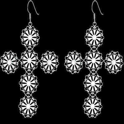 https://www.goedkopesieraden.net/Webwinkel-Product-133674227/Oorbellen-925-sterling-zilveren-opengewerkte-hangers-in-vorm-van-een-kruis.html