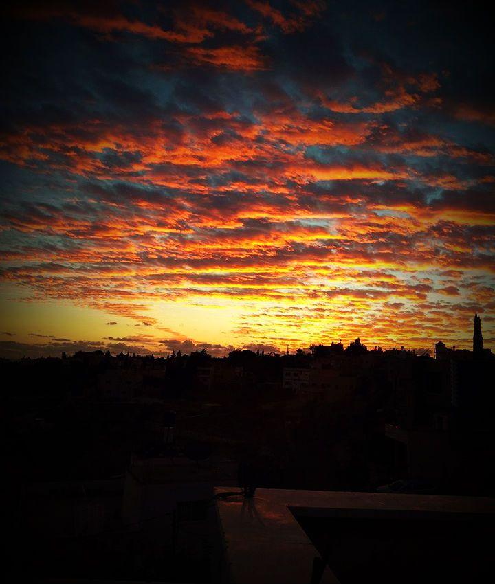 الجواب المتقن في بيان رجم الزاني المحصن Celestial Outdoor Sunset