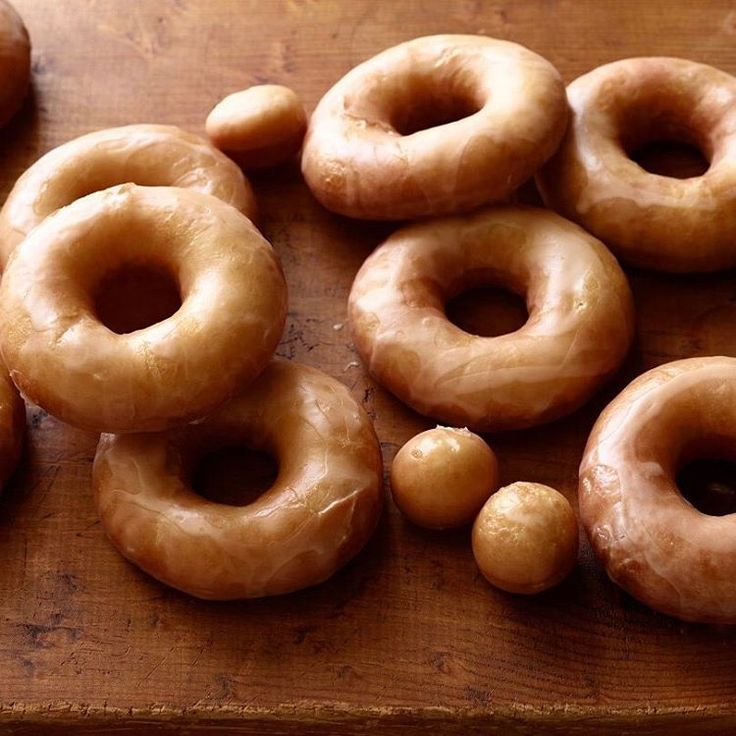 """Food Network on Instagram: """"😍😍😍 Get the recipe for @ThePioneerWoman's Homemade Glazed Doughnuts in our bio link."""""""