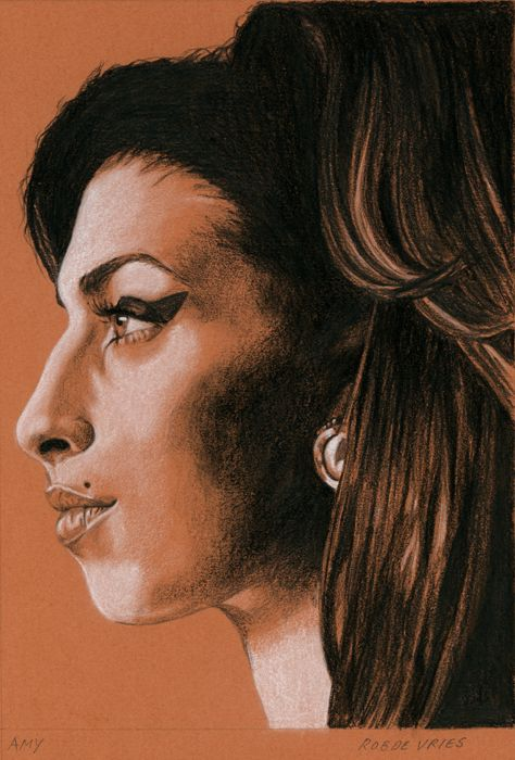 Amy, 2015 Charcoal and white chalk on colored paper, 15 x 21 cm. www.realistischekunst.com