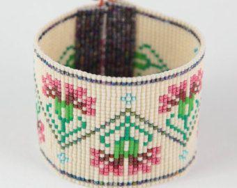 Jemez en grano rojo telar pulsera Boho Bohemia por PuebloAndCo