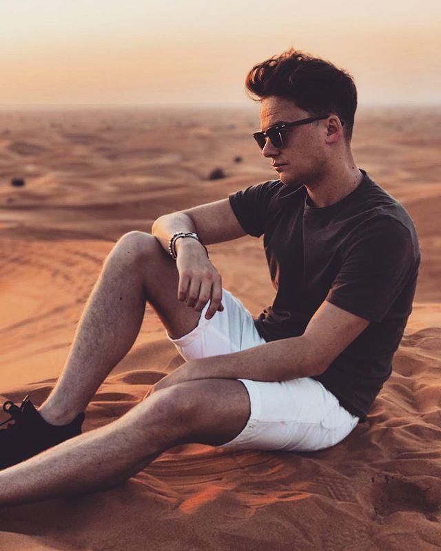Deserted. Summer shorts and classic Olive t. Conor Maynard. #dubai #desert