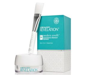Robin McGraw, the wife of TV personality Dr. Phil McGraw has announced her own lifestyle brand, Robin McGraw Revelation which is launching it's first line of products — a skincare line which has...