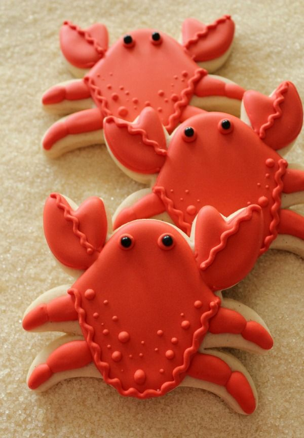 "Sweet Adventures of Sugarbelle:  Crab Cookies.    Another awesome design!  These make me think of Honda Pilot commercials, ""Just a little pinch?"""