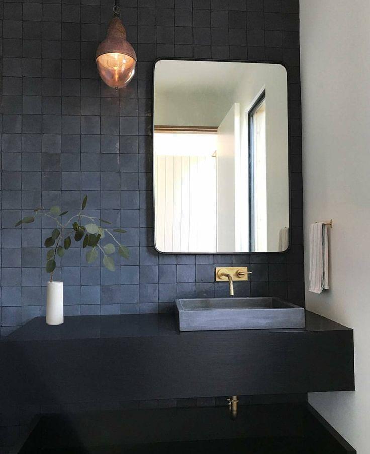 Ideen fürs Bad: 55 Blaue Badezimmer Design-Ideen #licht #klein #dunkel #navy #ocean …