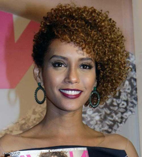 Resultado de imagem para trança afro cabelo curto