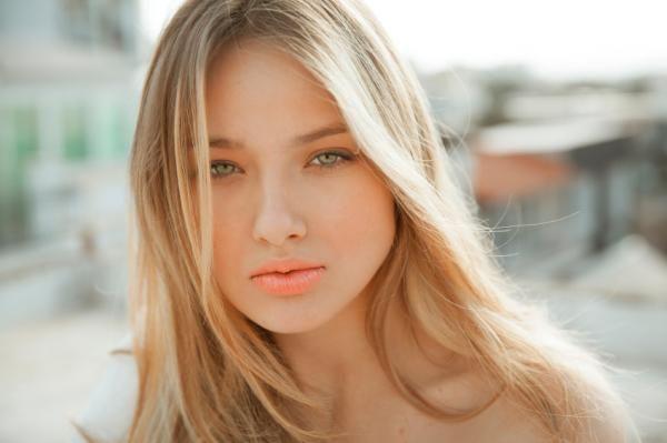 Trucos de maquillaje para rubias - 8 pasos (con imágenes) #maquillaje #makeup #belleza