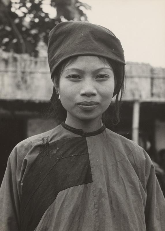 Ján Cifra - Vietnam - portréty. Dievča z menšinovej národnosti