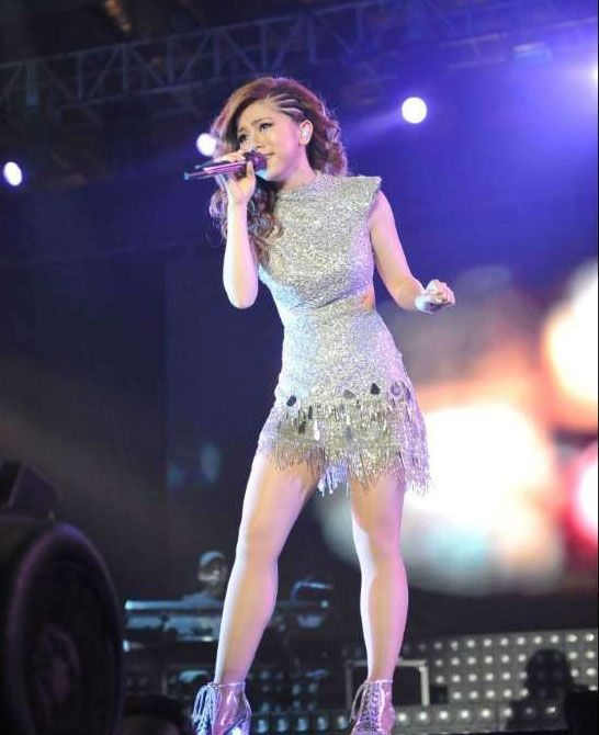 Hong Kong's singer G.E.M. Gloria Tang performs at her concert in Singapore on Jan. 30, 2015.