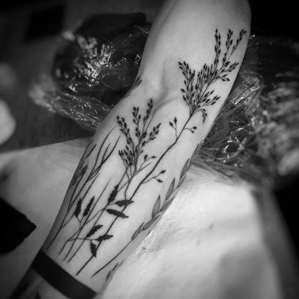 Naturalistic arm piece by Balazs Bercsenyi