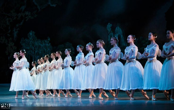 """Giselle"", Pacific Northwest Ballet - Photographer Angela Sterling"