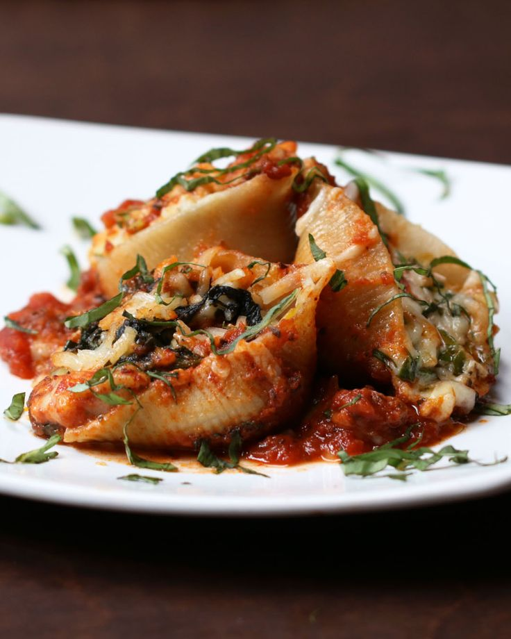 Spinach Artichoke Stuffed Shells (med veganost!, pasta)