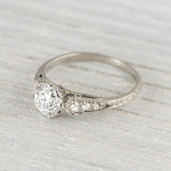 .94 Carat Art Deco Vintage Engagement Ring Circa 1920s - I'm in love...
