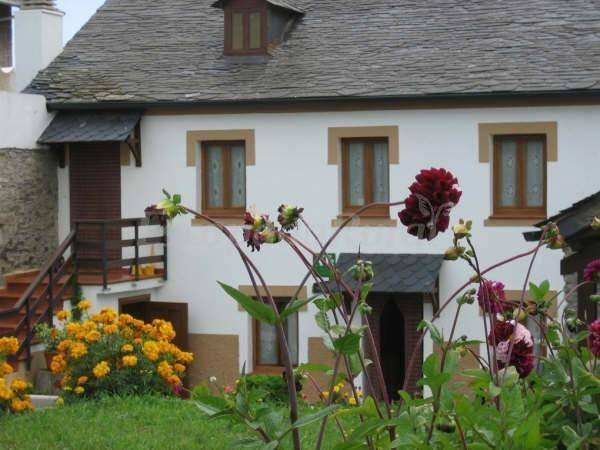 Apartamentos Rurales Romallande http://www.escapadarural.com/casa-rural/asturias/apartamentos-rurales-romallande/fotos