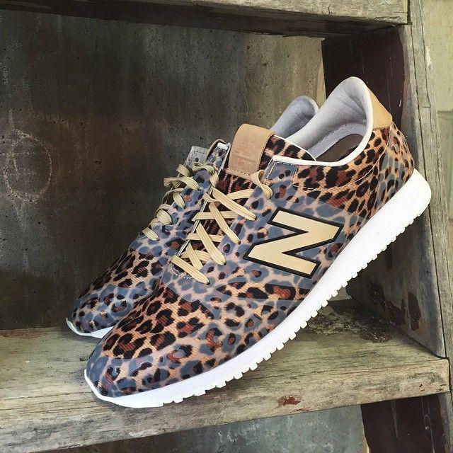 new balance leopard print 420 sneakers