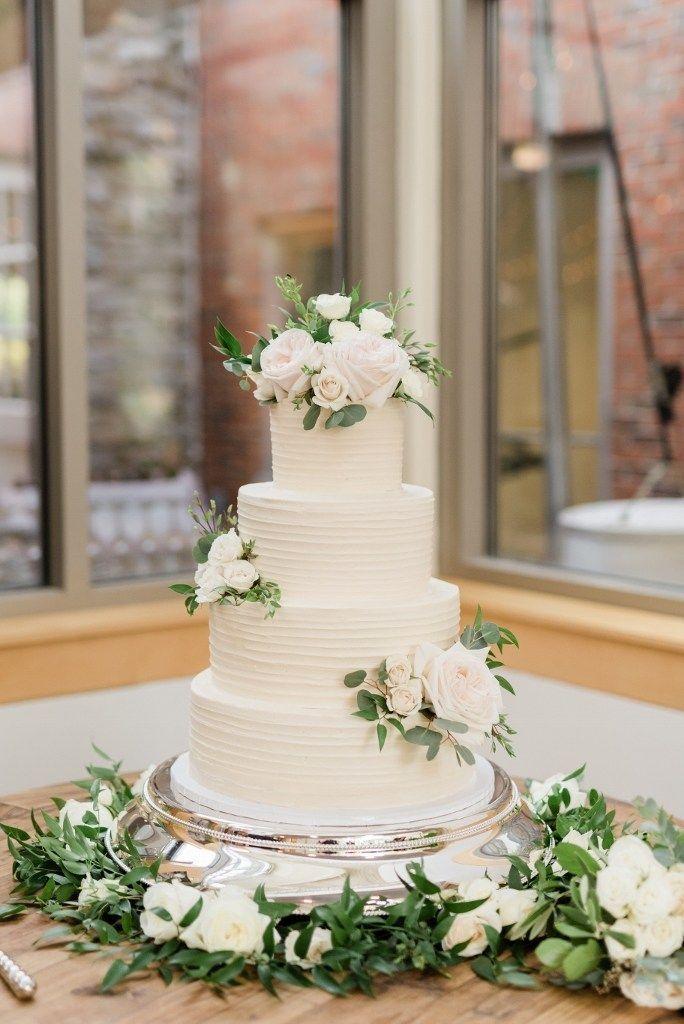 Eine Hochzeit in Cheekwood Gardens voller Blumen Ch #cake #Cheekwood #Elegant #fi …   – Kuchen