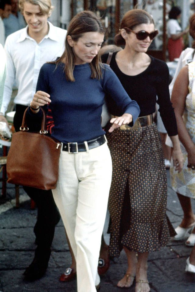 Lee Radziwill and other defining ladies of 70's fashion, here: