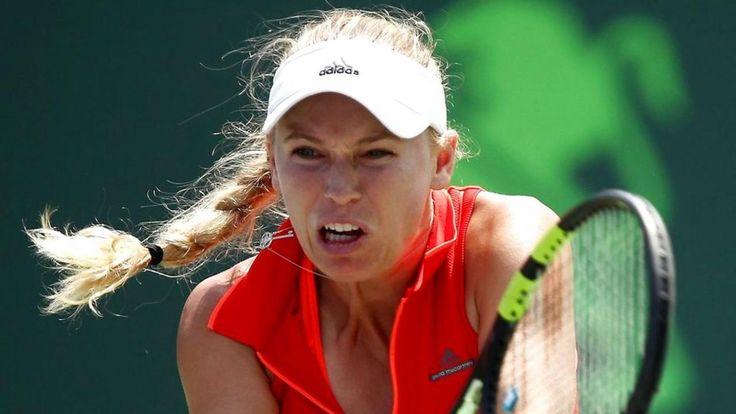 Caroline Wozniacki mod Johanna Konta i Miami. Crandon Park Tennis, Florida i USA. Den 1. april