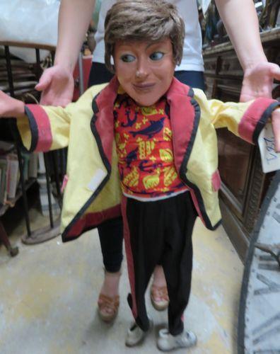 Marionnette de ventriloque yeux et bouche mobiles. - Ader - 22/09/2014
