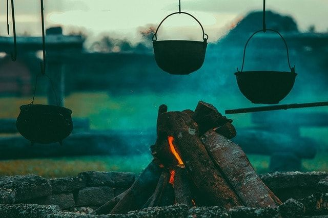 What To Look For When Buying a Camping Gas Stove  #gasstoves #wokburners #bbqgrills #campfire #hike #outdoor