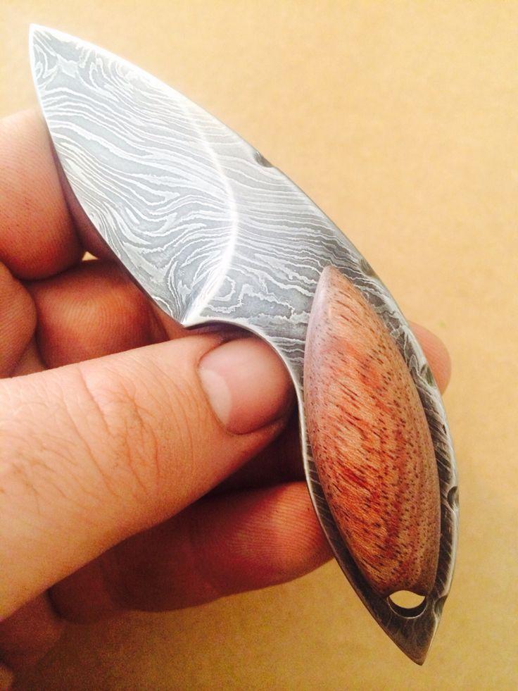 "SMID ""MALO KINGSLAYER"" 3 finger kneck knive custom 1/1"