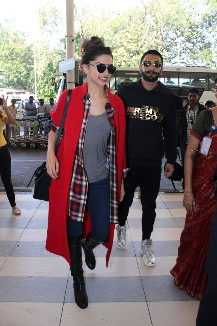 Airport Spotting: Ranveer Singh And Deepika Padukone Couple Up And Hug It Out!