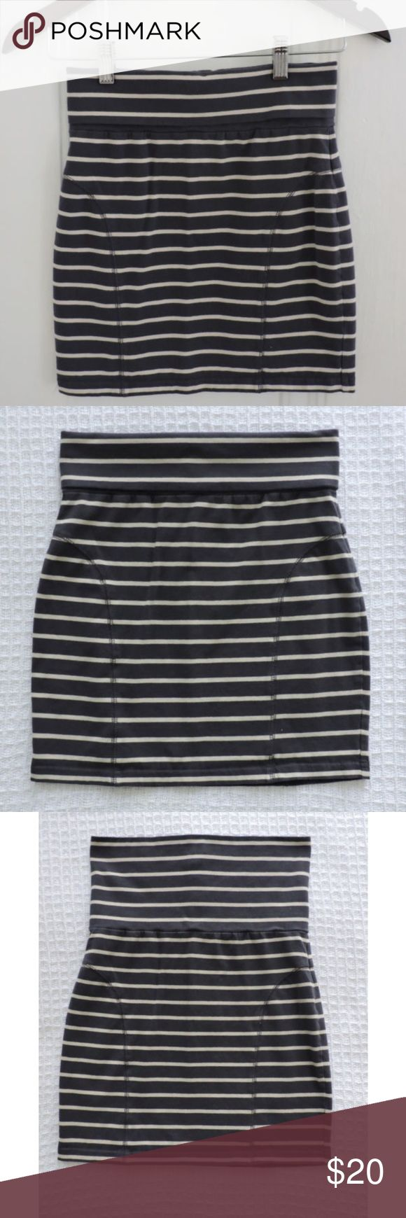 Nordstrom Frenchi gray ivory striped stretch skirt Stretch elastic mini bodycon skirt, top can roll down, gray with ivory stripes, from Nordstrom brand is Frenchi, size L, worn a few times, in good condition Frenchi Skirts Mini