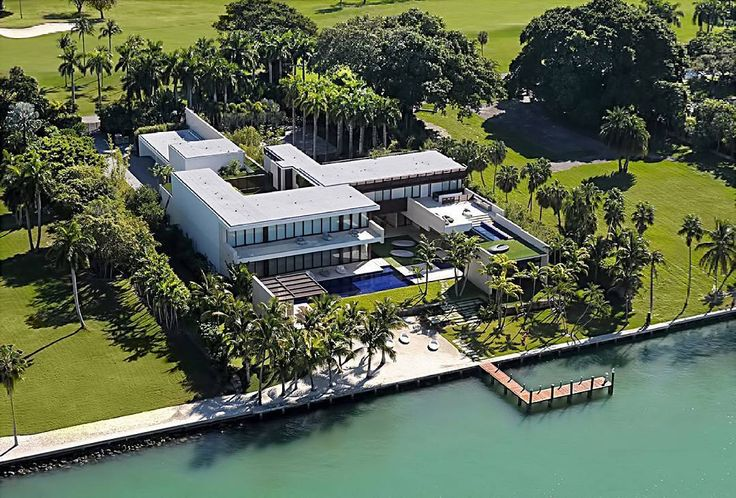 Introducing beycome's BIGGEST LOSER of the week. And this week's biggest loser award goes to Shlomi Alexander of Bal Bay Development and his partner renowned Miami Beach developer Felix Cohen. The duo team built the most expensive Single Family Home ever sold in Miami-Dade setting the outstanding record at $47 million! So why are they the biggest losers you ask?! Simple.... Instead of paying out $2820000 in commission fees to their agents and brokers they could have used beycome.com Fl...