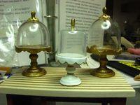 Mobili Dollhouse miniatura - Tutorials | 1 minis Pollici: COPERTO PEDESTAL TUTORIAL - Vieni tariffa ONU piedistallo coperto scala 1 pollice per t ...