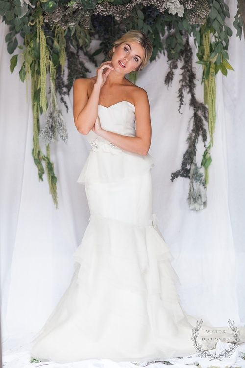 White dresses boutique nashville bridal shop palazzo by for Wedding dresses in nashville